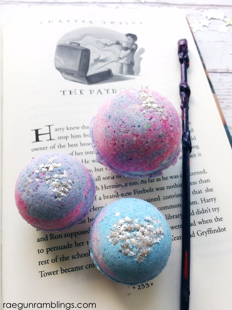 DIY Expecto Patronum Harry Potter Bath Bombs