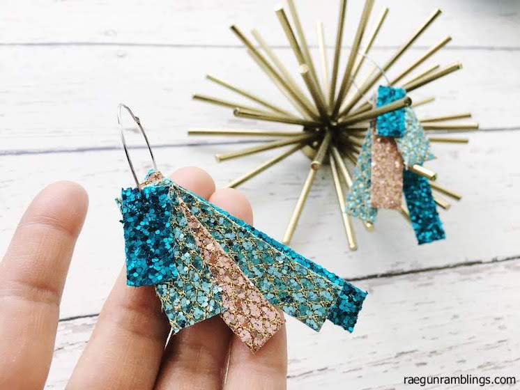 DIY Glitter Earrings