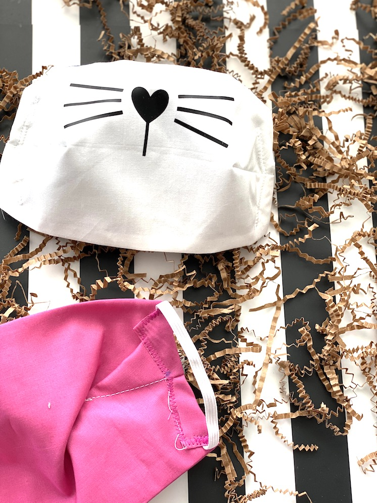 How to Make an easy Cat Face Mask for kids and adults with free pattern and video tutorial! Best coverage and fit. via @raegun