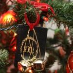 Monogram Glitter Ornament Tutorial from Rae Gun Ramblings
