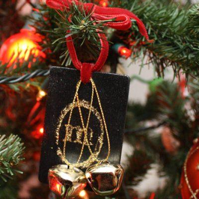 Monogram Glitter Ornament Tutorial