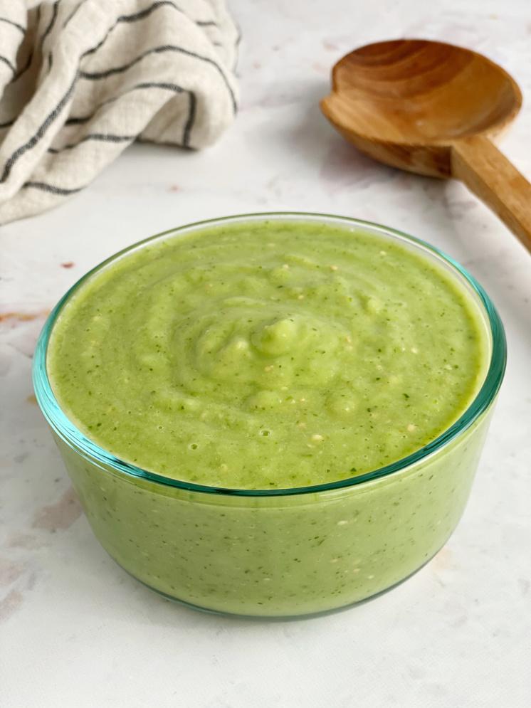 bowl of avocado sauce guacamole salsa